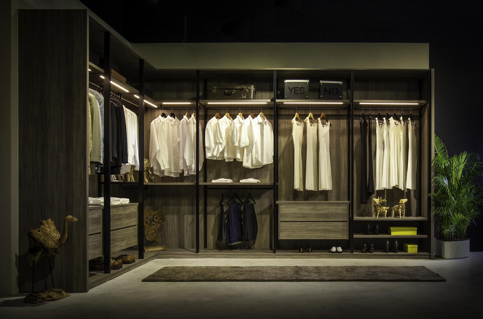 wardrobe singapore